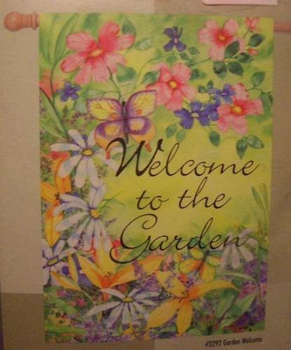 "** New In Package ** GARDEN FLAG 28""x40""- Garden Welcome"