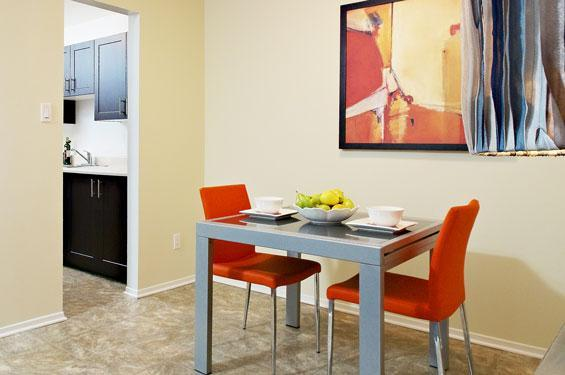 1 & 2 BDRM Apts for Rent- Steps to Shopping, Movies & More!