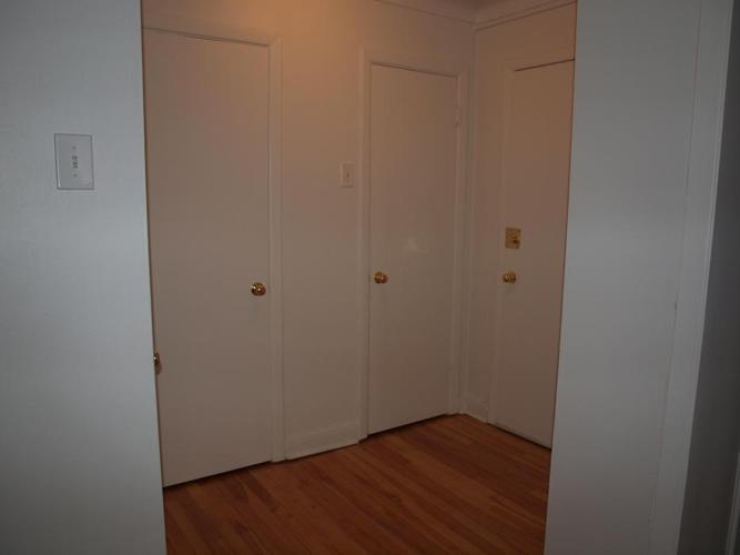 """1 Bedroom Model """"B"""" + DEN - October Availability!"""