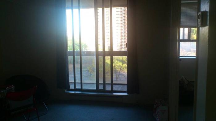 1 bedroom unfurnished apartment available 1st January, 2012