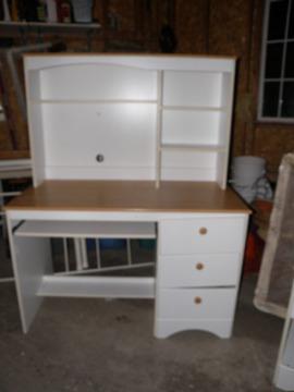 $130 OBO Wood & White Desk