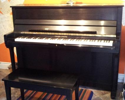 $1,500 Young Chang Upright piano for sale
