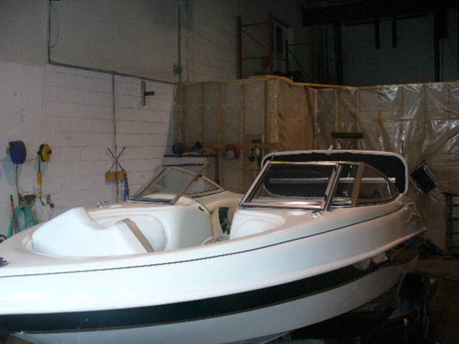 17.5 bowrider boat