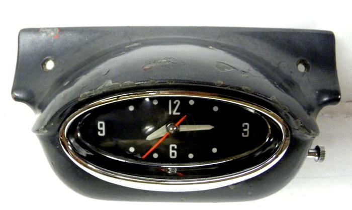 1957 57 Oldsmobile Olds Super Rocket 88 98 Dash Clock Golden