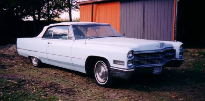 1966 Cadillac Sedan DeVille Convertible