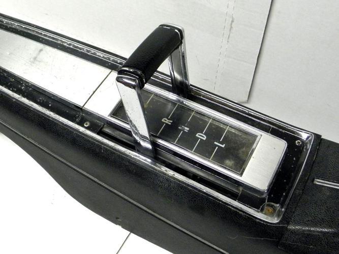 1968 69 70 71 72 Chevelle Beaumont Monte Carlo SS Auto Console & Shifter