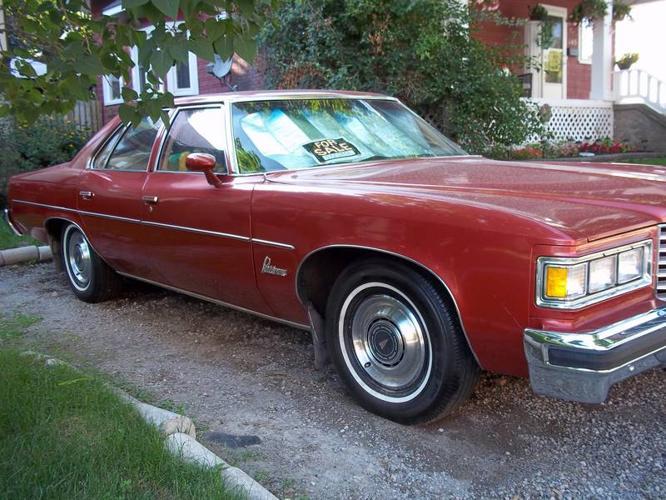 1976 Pontiac parisienne - For Sale
