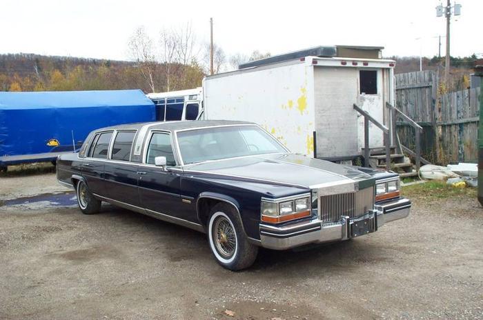 1982 Cadillac Fleetwood limo