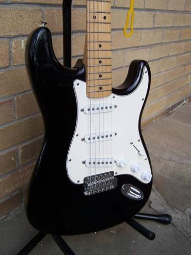 1993 Fender Standard Stratocaster (MIM) with Maple Neck