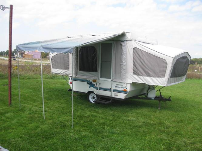 1993 Starcraft 8 ft Hardtop Tent Trailer