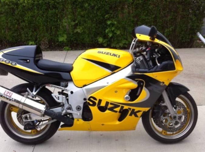 1999 SUZUKI GSX-R 600