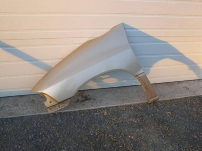 1999 to 2003 Ford Windstar body parts as follows: