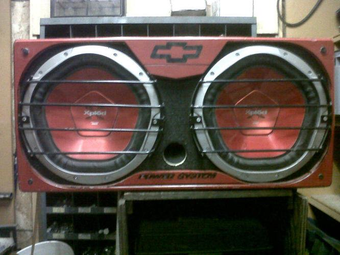 2 12 inch sony explod subs, pioneer amp and scosche cap
