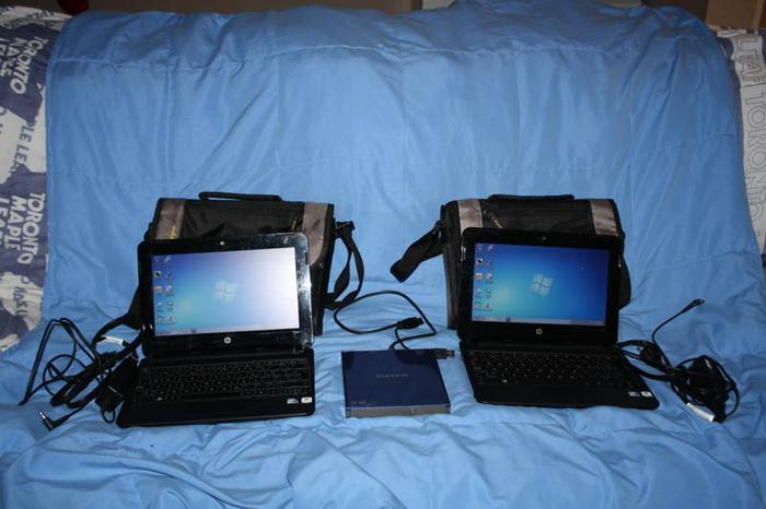 2 Hp Mini 110-3000 Laptops