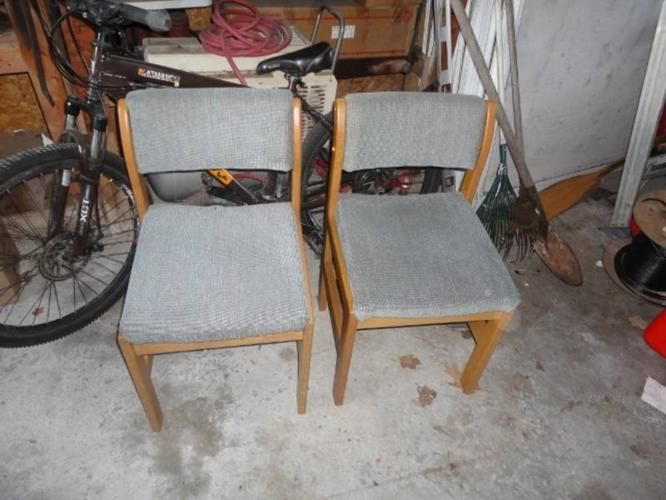 2 rv chairs need gone asap