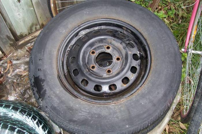 2 tires 205 75 r14