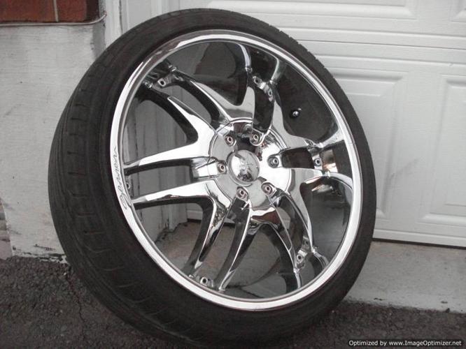 20 inch GENEX Chrome Wheels w newer 245/35 R20--5x120