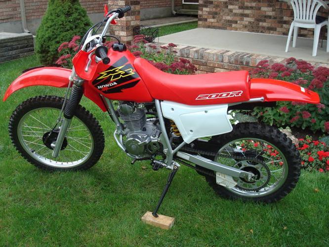 2000 Honda XR200R