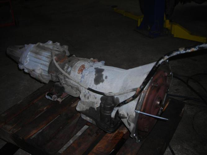 2002 DODGE RAM 3500 CUMMINGS AUTO TRANNY AND TRANSFER CASE