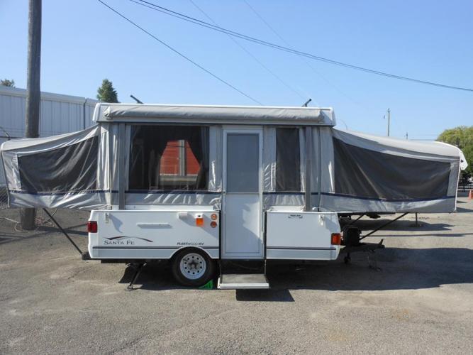2004 Fleetwood Santa Fe Tent Trailer