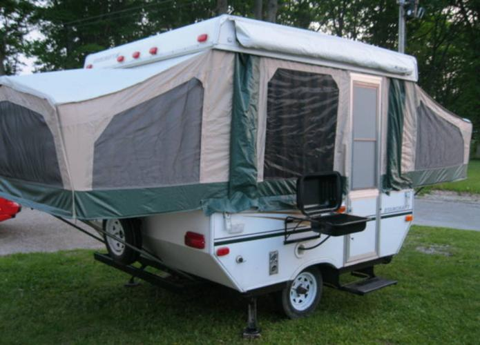 2005 Starcraft 1701 Hardtop Tent Trailer Slps 6 Has Everything!