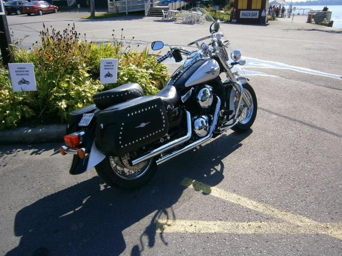 2006 Kawasaki 1500cc Vulcan Classic (new price)
