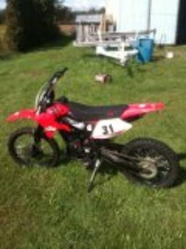 2011 GIO 250 $$$ 900 CASH fast,strong!!!Make an offer!!