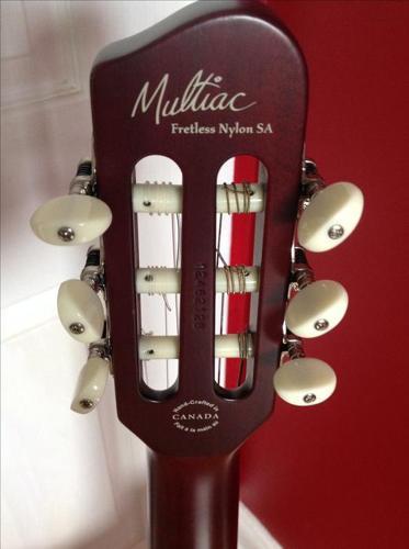 2012 GODIN MULTIAC FRETLESS Nylon Sa for sale or trade