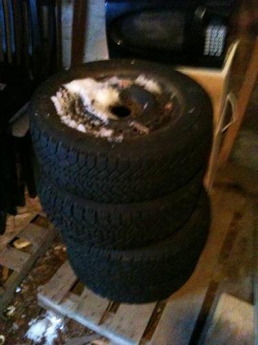 215/60 R15 Nordic Winter tires