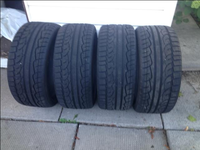225/40R18 winter tires