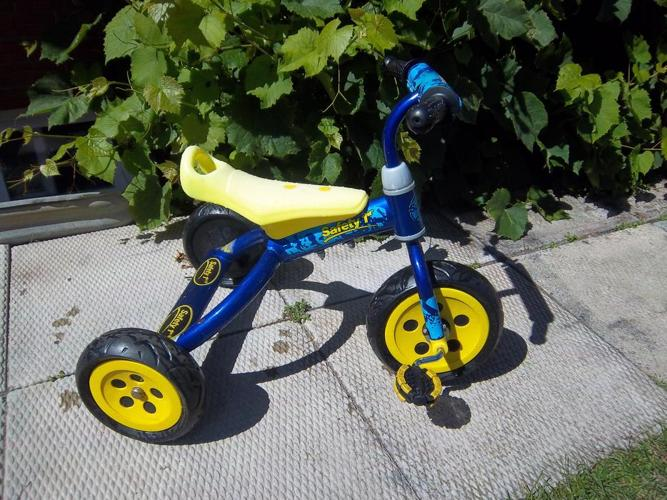 """""""Safety 1st"""" tricycle"""