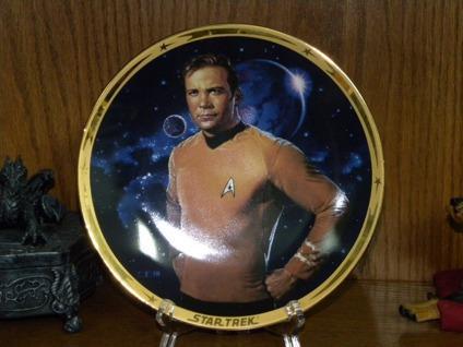 $40 OBO 25th anniversary Star Trek plates