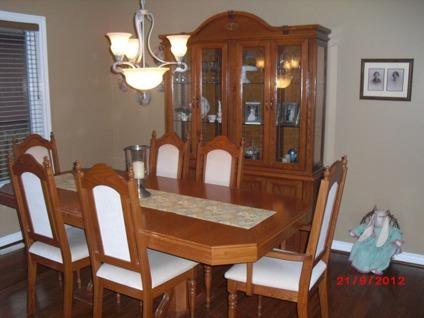 $500 OBO Dining Room Suite