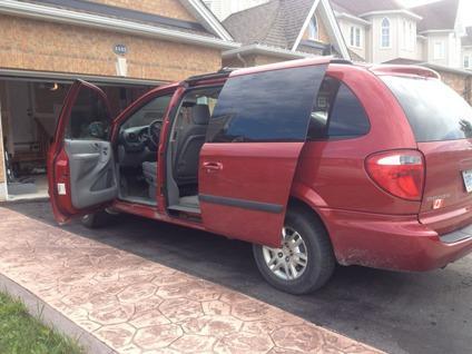 $6,000 OBO 2006 Dodge Grand Caravan