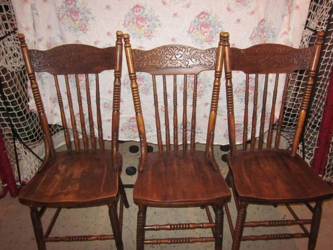 8 antique Pressed Back Chairs - Circa 1915 - 8 Antique Pressed Back Chairs - Circa 1915 For Sale In Morriston