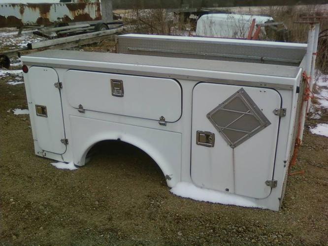 8' utility truck box, tool box, fiberglass - aluminium checker