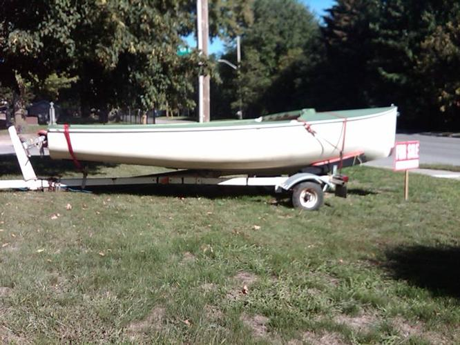 Albacore 15' Cottage or Racing Sailboat