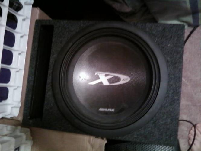 MTX Subs Epic Bass! 12Watts -