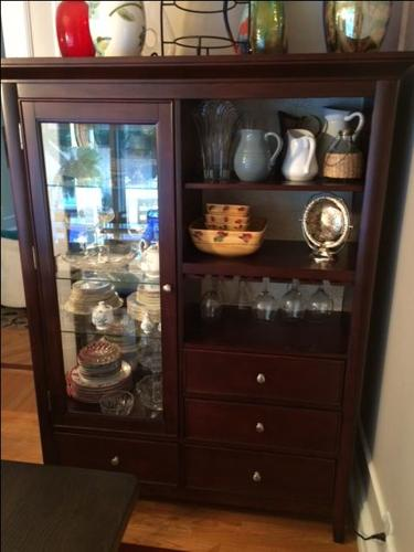 Amazing hutch for your dinning room!!!