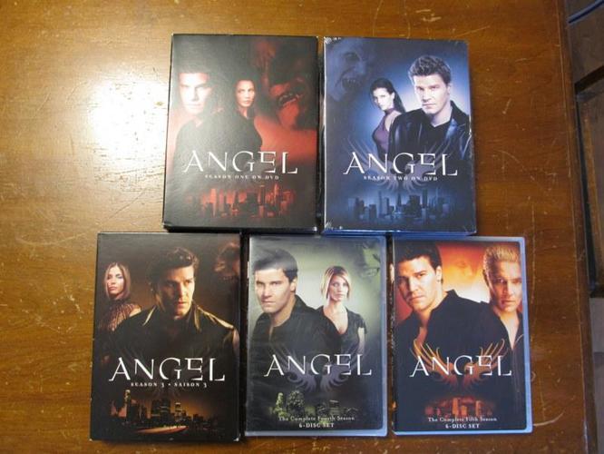 Angel - entire series on DVD box set