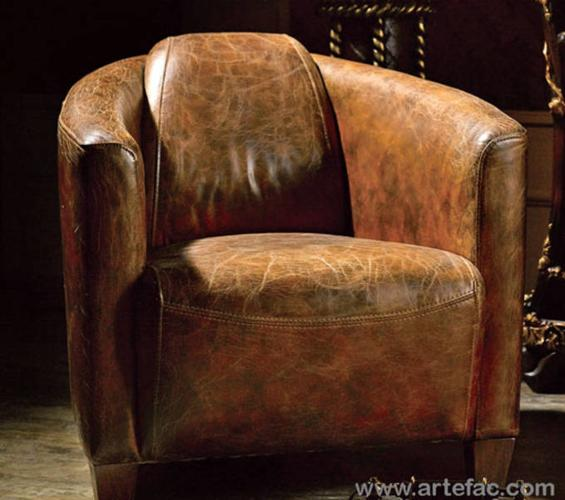 Antique Brown Leather Club Chair - Antique Brown Leather Club Chair For Sale In Mississauga, Ontario