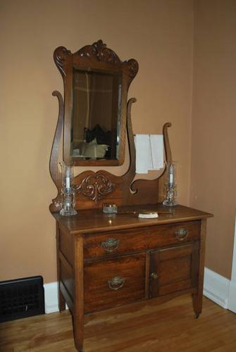 Antique Wash Stand With Mirror For Sale In Kitchener