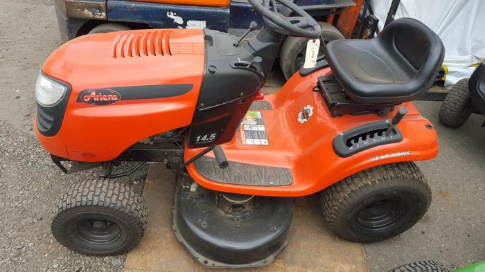 Ariens Riding Lawn Tractor