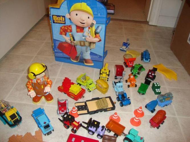 Bob the Builder Die Cast Set with Storage/Play Case