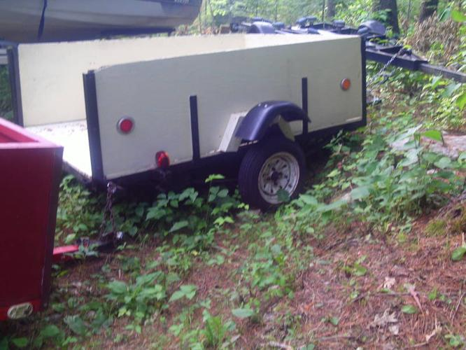 Box trailer 7' x 4' with 12