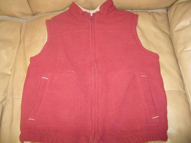 Boys BRAND NEW (WOT) GYMBOREE vest - size Small