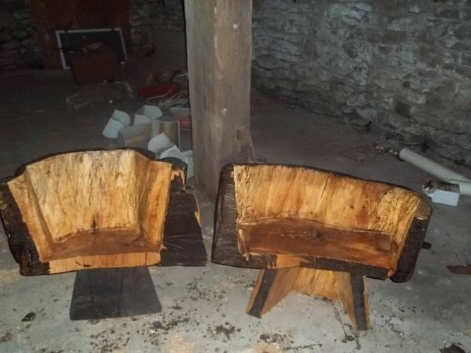 Chainsaw carved chairs bench for sale in wooler ontario ads in