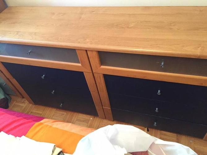 Chest of Drawers and 2 matching side cabinets!