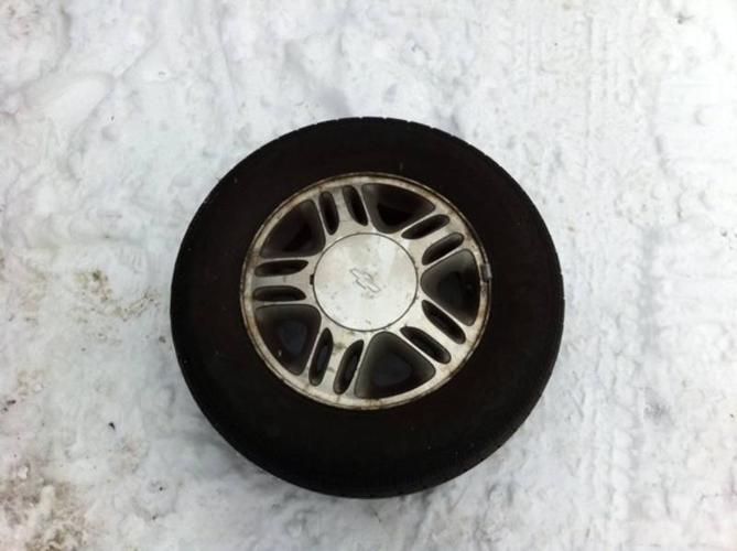 Chevy venture rims+tires
