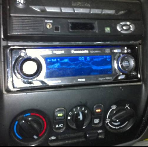 Complete car stereo system - ready to go